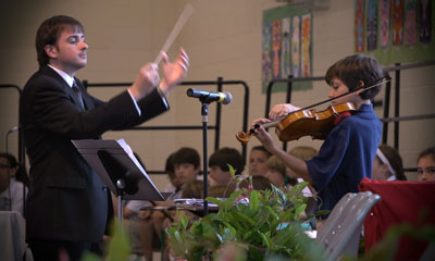 Website-Connor-playing-violin